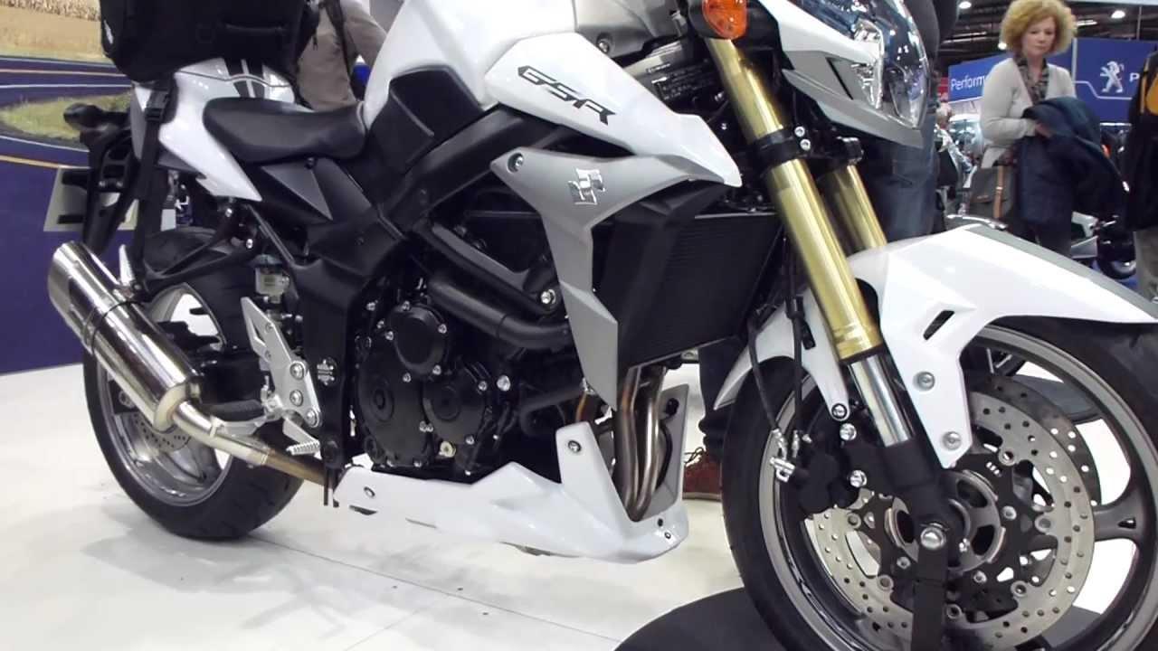 CINEMATIC MOTORCYCLE RIDE | Suzuki GSR 750 [Lumix G80