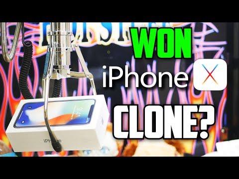 iPHONE X ARCADE GAME WIN!! || Claw Machine Win (CLONE?)