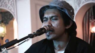 This is Live - Rocket Rockers (Hari untukmu All of Me Cover) Mp3