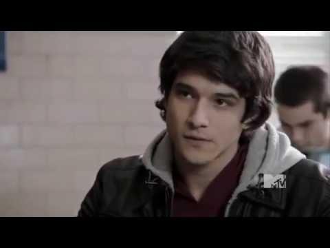 Teen Wolf Scott McCall Get Asthma Attack in the school (Season1Episode8)