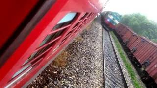 12560 ShivGanga Superfast (NDLS-MUV) Making Way for 15004 Chauri Chaura Express (GKP-CPA) @AHIMANPUR