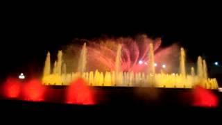 Шоу волшебных фонтанов в Барселоне(Монтжуик - шоу фонтанов, площадь Испании. Шоу волшебных фонтанов в Барселоне, подробнее читайте на моем..., 2013-05-28T17:14:36.000Z)