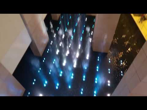 Water Fountain at McCormick Place Convention Center, Chicago, Illinois - Long Video