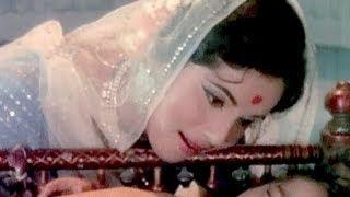 Palkon Ka Palna Naino Ki Dori - Asha Bhosle, Jayashree Gadkar, Shree Krishna Leela Song
