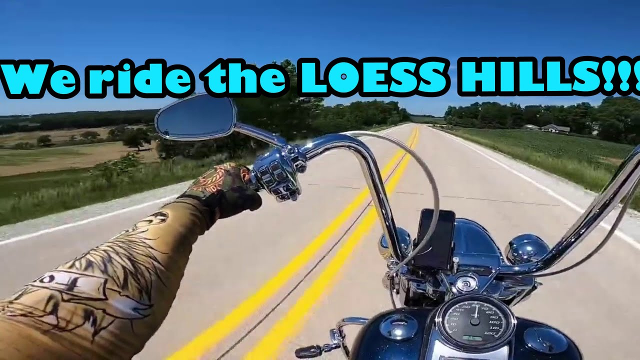 Riding the loess Hills in western Iowa. Dual Vlog on the Roadking and the Deluxe