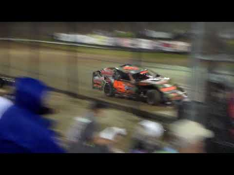 Final 4 Modified Amain @ Marshalltown Speedway 09/16/17