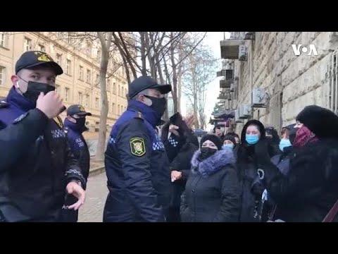 """""""Sovetski"""" sakinləri etiraz"""