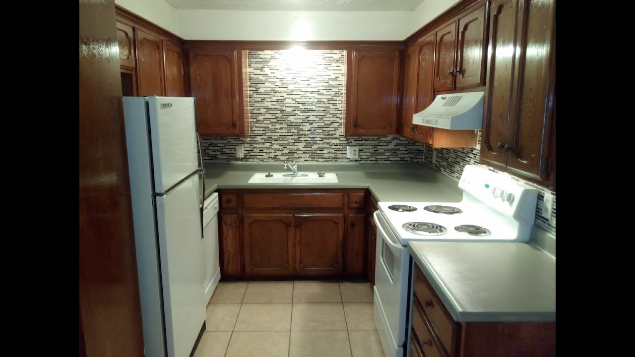 Country village 215e renovated huge 2 bedroom most affordable in west norman youtube for One bedroom apartments in norman
