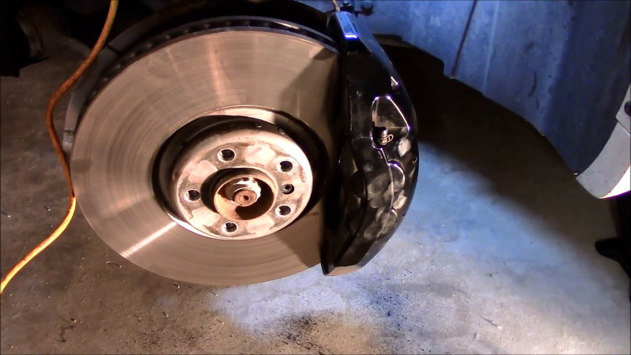 Diy Front Brake Pads On Bmw E70 Quot X5m And X6m Quot 2009 2013