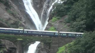 Amaravathi Express Passing Dudhsagar Water Falls thumbnail