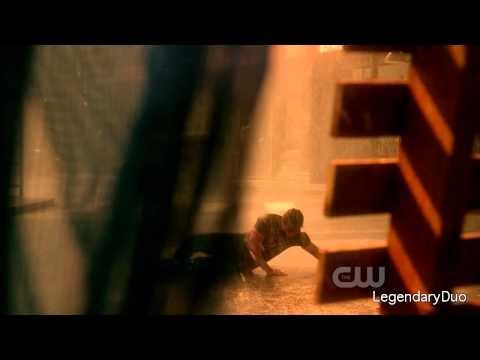 Clark Kent & Lois Lane: Lois witnesses Clark's powers for the 1st time... (Season 10)