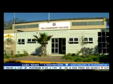 Helen Zille officially opens Leadership College in Manenberg
