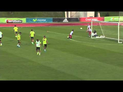 """Come on Jordi! Come on!"" This is what a Spanish squad's practice sounds like!"