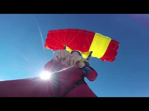 Skydive Spaceland Skydiver Training Program: Dive Flow 8