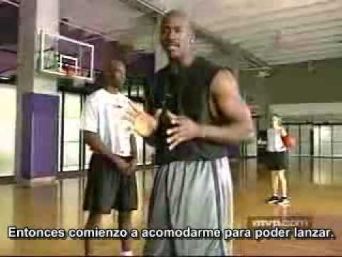 Michael Jordan - Moving without the ball and screens (subtítulos castellano español)