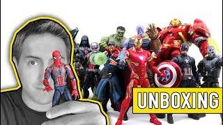 Unboxing: Figuras 10 años de Marvel Studios