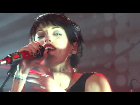 Superbus - Strong & Beautiful  Backstage  hit west