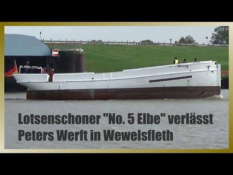 No. 5 Elbe   Havarierter Lotsenschoner Verlässt Peters Werft   Passage Störsperrwerk Wewelsfleth