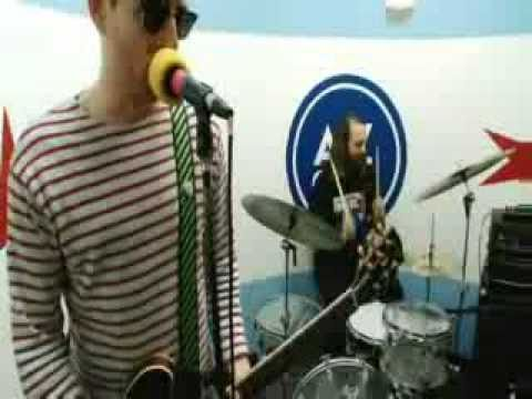 Ted Leo and the Pharmacists - Everybody Wants to Rule the World (Tears for Fears cover)