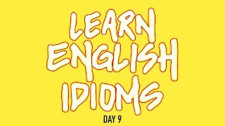 Daily English Idioms : Have one's head in the clouds