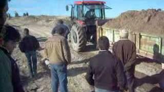 derinkuyu traktor yarısları traktor cekiştirme 85 80 tumo