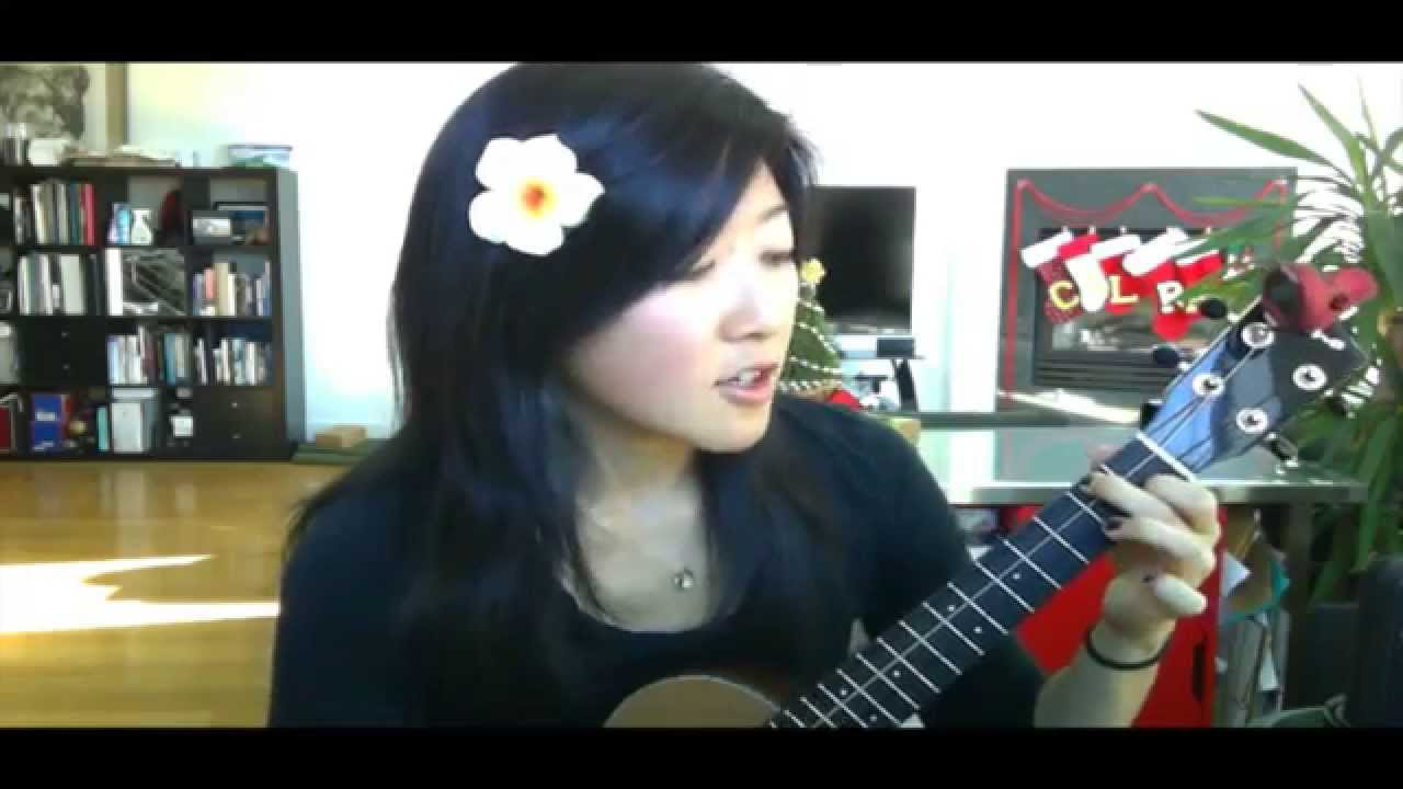 Your first ukulele lesson three little birds youtube hexwebz Image collections