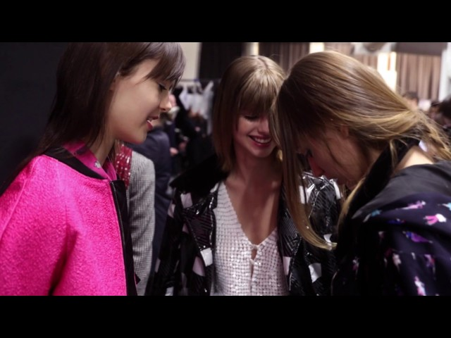 Emporio Armani - 2017/2018 Fall Winter - Women's Fashion Show Backstage
