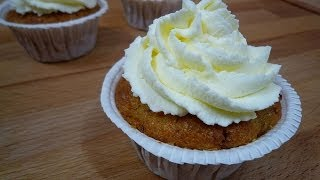 Carrot Cupcakes Mit Cream Cheese Frosting (carrot Cupcakes With  Cream Cheese Frosting)