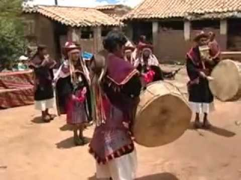 Pujllay Ayarichi : Músicas y danzas de la Cultura Yampara.