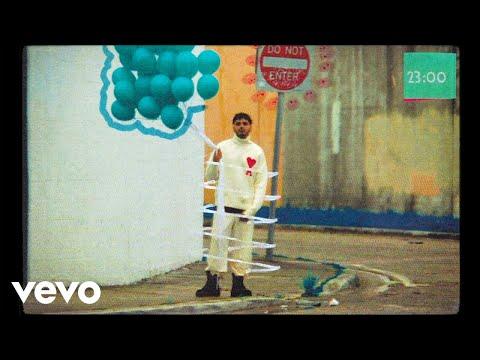 Alvaro Diaz, Feid, ft. Tainy - Llori Pari (Official Video)