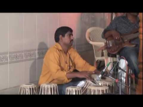 Kelungal Tharapadum song by Rev.Dr.Ravipaul @ Johnlees Music Team.mpg