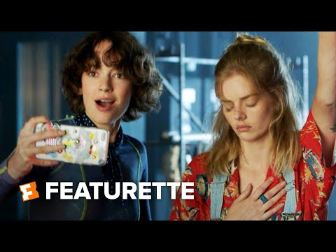 Bill & Ted Face the Music Featurette – Excellent to Each Other (2020) | Movieclips Trailers