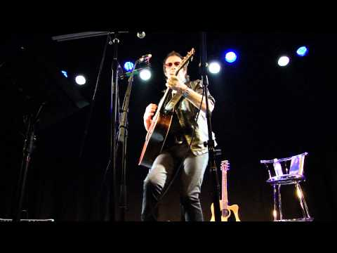 Glenn Hughes - What Is A Woman's Role - acoustic version LIVE - HD