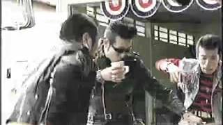エロヴィス佐藤氏出演CM 2004年.