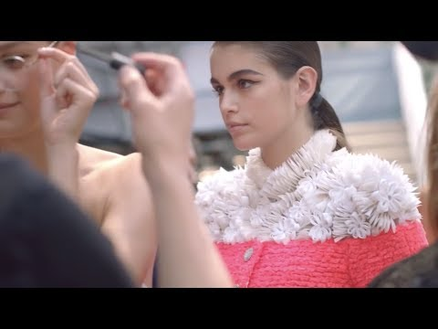 Chanel Couture Fall Winter 201920 Making of détails
