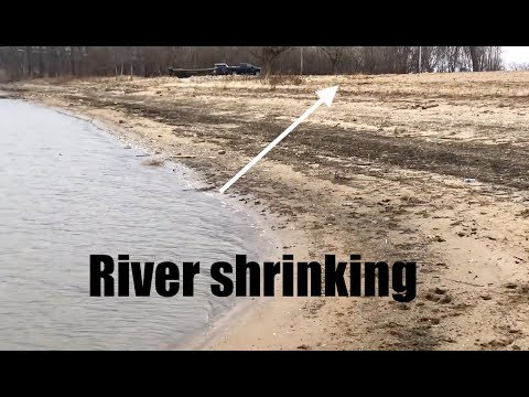 River levels above New Madrid drop | Video of low Illinois River?