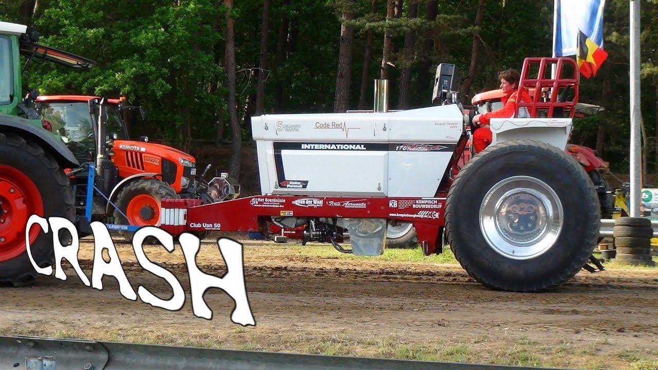 Tractor Pulling Accidents : Ihc code red crash volkmarst classic kult box