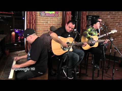 THE AGGROLITES - Work To Do - stripped down MoBoogie Loft Session