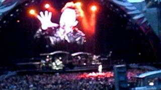 Bon Jovi - Bed of Roses (live in Munich 12/06/2011)