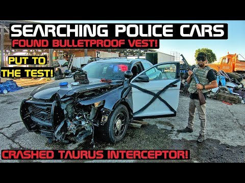 Searching A Crashed Police car Taurus Found Bulletproof Vest! Crown Rick Auto