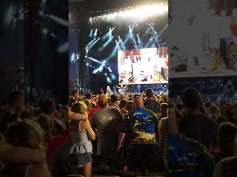 2018 Pittsburgh - Kenny Chesney w/David Lee Murphey