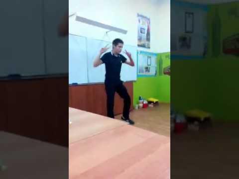 Колян танцует лучше всех смотреть онлайн бесплатно