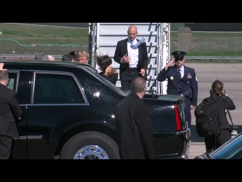 Pres. Trump arrives in Charlotte for Billy Graham funeral
