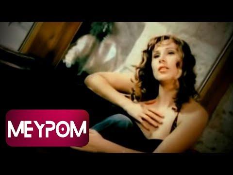 Funda Arar - Yangın Yeri (Official Video)