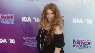 Video Brooke Lipton 2016 Industry Dance Awards Red Carpet download MP3, 3GP, MP4, WEBM, AVI, FLV Oktober 2017