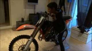 Mathis découvre sa nouvelle moto : 85 SX KTM 2013