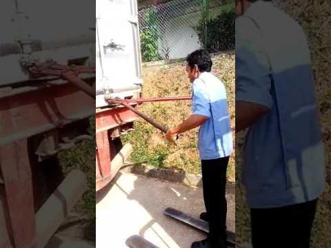 Video lucu banget Trening PT Foster Electric batam