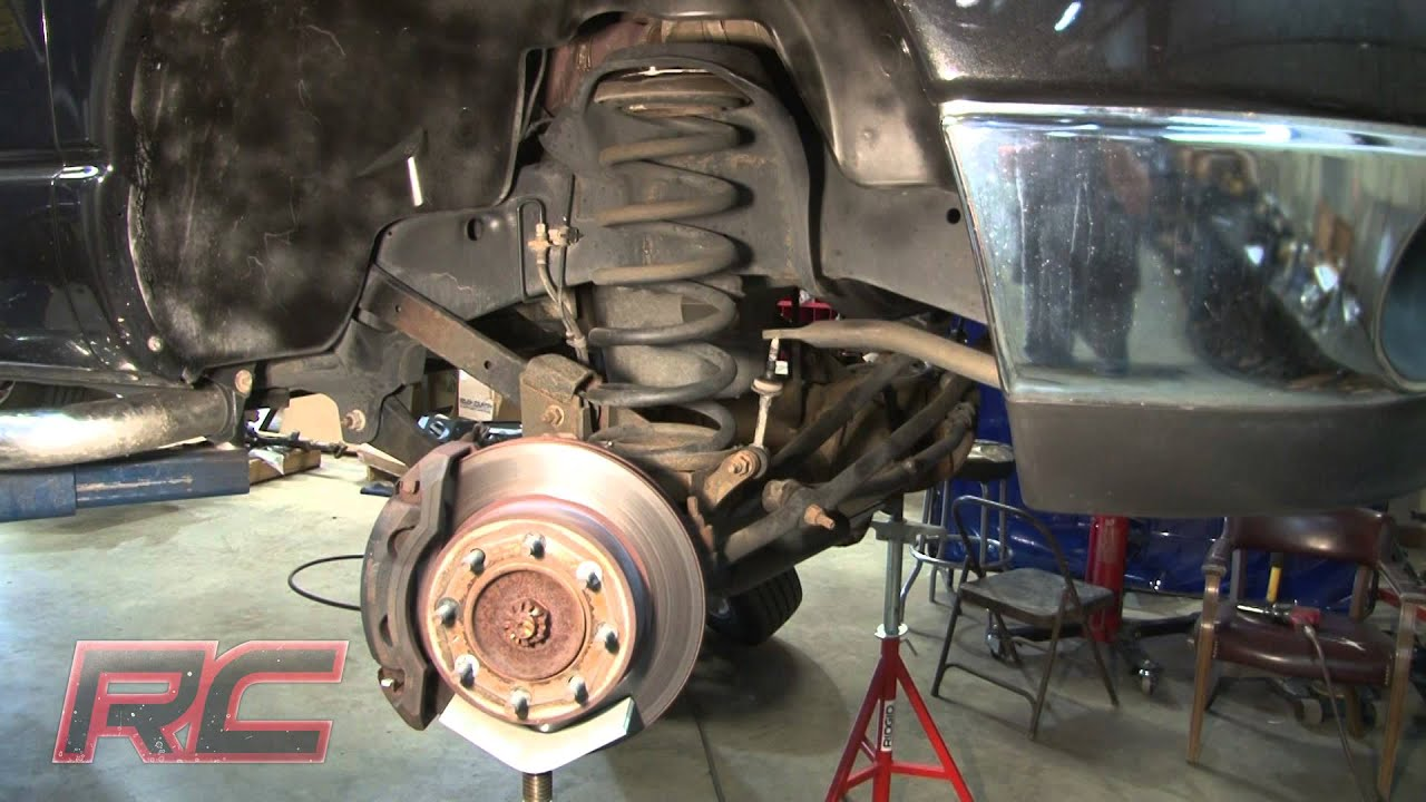"Rough Country's 03-13 Dodge 2500/3500 2"" Coil Leveling Kit Installation Video - YouTube"