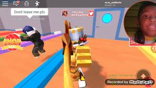 Quincy plays shit on roblox