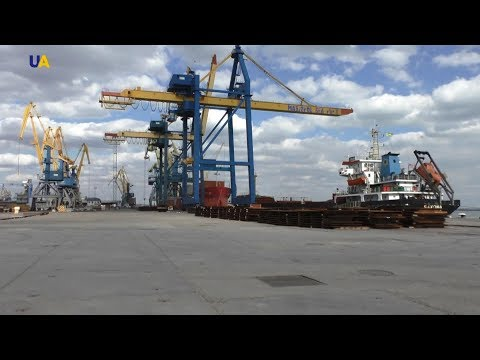 Украина готовит иск против РФ за крымские порты